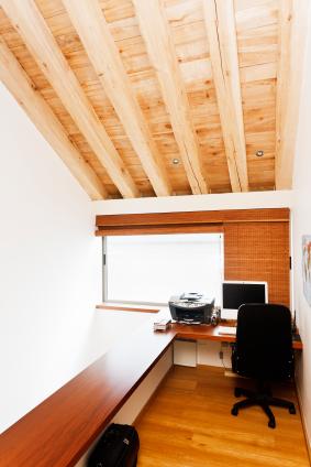 Pine floor with mahogany hardwood desking
